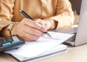 Sécrétaire-Commis comptable
